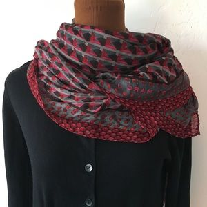 Marc by Marc Jacobs Pink and black pattern scarf